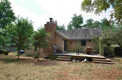 $135,000 Springfield 4BR 3BA, Wonderful home in Cherokee Estates that
