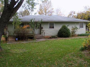 $149,900 Springfield 3BR 1BA, Sitting at City's SW edge on 3 acres