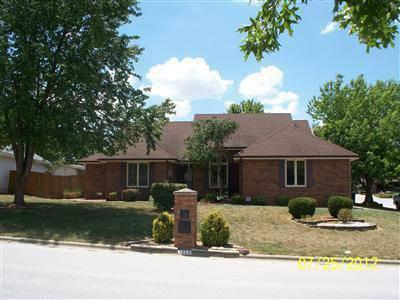 $152,500 Beautiful home. Hardwood floors and new carpet. All of interior has been painted