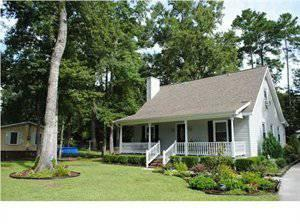 $152,500 Summerville 2BA, Precious Southern Home with a full front