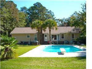 $215,000 Summerville, This 3 bedroom 2 bath ranch sits on almost a
