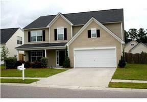 $229,617 Summerville 3.5BA, If you need lots of space and SIX