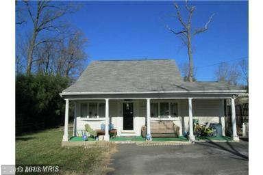 $349,000 3 Bed 2 Bath Single Family House