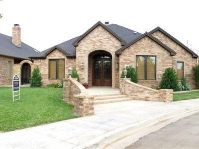 389 500 one story wonderfully built custom home by for Big one story houses