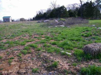 $42,900 This scenic setting awaits your dream home. Conveniently located to I-840 and