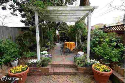 $969,000 Townhouse, Colonial - ALEXANDRIA, VA