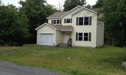 Pocono 3 bedroom, 2 1/2 bath, like new condition, built 2006 fully upgraded November 2014, located near commuter highways. Near 24 hr. Walmar, located in gated community with 24hr security. House is priced to sell, taxes $5,200.00 and is in like new