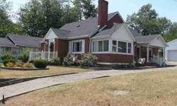 2 Bedroom's Up - 2 Bedroom's Down. Detached Double Garage!Listing originally posted at http