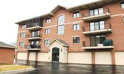 SPACIOUS 2 BED 2 BATH CONDO IN PRIME LOCATION! MOVE IN READY. FIREPLACE IN LIVING ROOM, ALL NEW MATCHING STAINLESS LIGHT FIXURES, HUNTER DOUGLS BLNDS VALUED AT $1500, FRESH CUSTOM PAINTED, EAT IN KITCHEN, PRISTINE CONDITION. STORAGE INCLD, HEATED GARAGE