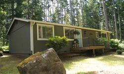 Totally remodeled Site-Built home features 1152 sq ft of living space with 3 bedrooms, 1.75 bathrooms, walk-in master closet, fresh paint & new floors thru-out! Hickory cabinets in the kitchen. Entire exterior has been painted. Home is situtated on a