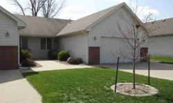 3BR/3BA townhome in SE Ankeny is conveniently located to DMACC & local shopping. Features include Kitchen w/ bar, very nice Living Room,Built-in Entertainment center,Gas Fireplace. No association fees, 12x 16 deck with Privacy Fence, Shaded Backyard w/