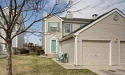 Rare oportunity for VERY clean and well maintained 3 bdrm,4 bath townhome in great neighborhood convenient to school, daycare and shopping! A/C, fireplace, finished basement. Mstr bdrm has private bath w/new tile floor/mountain views! 2nd bdrm up has