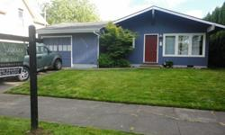 DARLING 3 BED 1 BATH RANCH LOCATED IN THE WOODLAWN NEIGHBORHOOD!! UPDATED KITCHEN, NEW ELECTRICAL PANEL, 4YR OLD ROOF & VINYL WINDOWS THROUGH OUT!! WALKING DISTANCE TO RESTAURANTS, COFFEE SHOP AND PARK. CLOSE TO I-5, BUS LINE AND 10 MINS TO DOWNTOWN