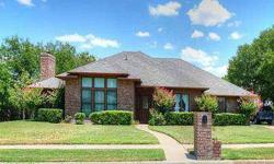 Wonderful, custom built home with huge rooms and beautiful view of Copperas Cove. So much to offer in this plan for family living. Huge formal living room with built-in bookcases. The formal dining is right off the entry. The kitchen is very convenient