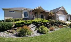 Incredible deal on 12th fairway! Beautiful generously sized home with wonderful views! Linda Freeman is showing this 2 bedrooms / 2 bathroom property in Cheney, WA. Call (509) 953-3903 to arrange a viewing. Listing originally posted at http