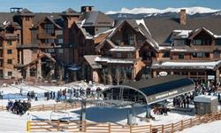 Breckenridge, CO Ski In/Ski OutTimeshare is based out of Breckenridge, CO at the Grand Lodge on Peak 7. The only true Ski In/Ski Out Property in town. 1 Floating Winter Week Annually 1 Bedroom, 1 Bath, Sleeps 4 ComfortablyCondo features a king bed in the