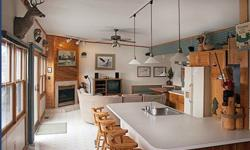 $419900 / 4br - 2576ft² - BEAUTIFUL LAKEFRONT - Wi (Merrimac, Wi) Less than 3 hrs 30 minutes from downtown Chicago, I-90 West, you'll find an oasis of serenity amidst the laid-back charm of Merrimac, Wisconsin. The lake home is less than 1/2 a mile from