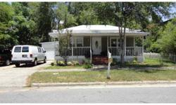 Short Sale. This charming 2 bedroom, 2 bath Eustis bungalow features a bright floor plan and is situated in a great neighborhood within walking distance of quaint downtown Eustis. An ideal location adds to this home's appeal with close proximity to