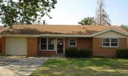 WONDERFUL HAMMAN HEIGHTS HOME WITH POSSIBLE 4TH BEDROOM! STONE FIREPLACE IN LIVING ROOM, OPEN KITCHEN TO DINING AREA AND LIVING ROOM, LARGE BACKYARD, LARGE FRONT YARD TREE, GREAT CURB APPEAL, CONVERTED GARAGE TO MAKE POSSIBLE CONVERTED 4TH BEDROOM WITH