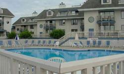 FULL YEAR - 52 WEEKS OF TIMESHARE RESORT LIVING IN THE HEART OF NEWPORT, RI. WATERFRONT CONDO WITH DIRECT WATER VIEWS OF HARBOR. WONDERFULS DOWNTOWN LOCATION FOR WALKING TO RESTAURANTS, SHOPS, MANSIONS AND HARBOR ACTIVITIES. CALL FOR DETAILS AND FURTHER