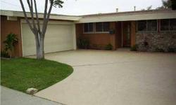 Motivated seller, beautiful open beam ceder wood ceiling throughout, recent kitchen remodel, family room & kitchen view the spacious back yard (also mbr). Ryan Mathys and Tracie Kersten is showing this 4 bedrooms / 2 bathroom property in San Diego, CA.
