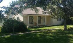 Nice ranch style home with maintenance's free siding! Emily Connor is showing 210 N Madison St in Pomona which has 2 bedrooms / 2 bathroom and is available for $80000.00. Call us at (816) 507-2702 to arrange a viewing.