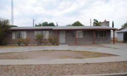 Nice three BEDROOMs, two BATHROOMs home in Casas Lindas. Great living space with Fireplace. two BEDROOMs, one BATHROOMs Guest quarters. New paint and carpet in whole house. Great buy!Nancy Welch is showing this 5 bedrooms / 2 bathroom property in Willcox,
