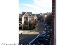 Check the comps. Great opportunity in great community.Close to DC and plenty of amenities. Beautiful view. Well maintained unit. Short Sale subject to third party approval. Lien holder has advisor assigned. Bedrooms: 1 Full Bathrooms: 1 Half Bathrooms: 0