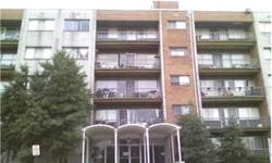 ** REGULAR SALE ** 2 bedroom, 1 full bath condo that has been well taken care of and ready for new owners or investors. Well taken care of Bedrooms: 2 Full Bathrooms: 1 Half Bathrooms: 0 Lot Size: 0 acres Type: Condo/Townhouse/Co-Op County: Alexandria