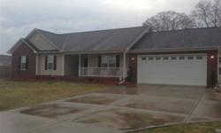 Four bedrooms, 2 full bathrooms, ~1890 square ft, built in late seven early 08 with energy efficient appliances. Amy Stonesifer is showing this 4 bedrooms / 2 bathroom property in Raeford. Call (910) 315-2965 to arrange a viewing.